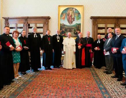 El papa Francisco recibió a la delegación procedente de Rep. Checa y Eslovaquia. / RadioVaticana