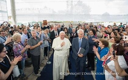 La visita del Papa a la iglesia de Traettino contó con una amplia cobertura mediática. / L'observatore