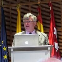 Andrew Briggs durante su exposición. / P. de Felipe