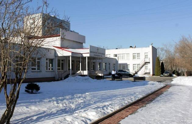 La fachada del Seminario Teológico Bautista en Moscú. / SDgszdfgdf, Wikimapia,