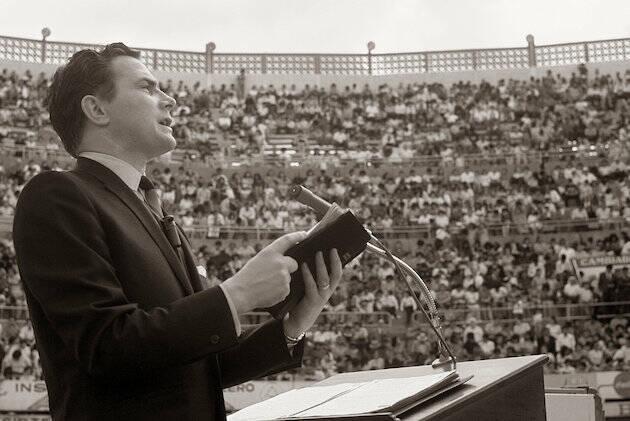 Predicando en México, en 1966.