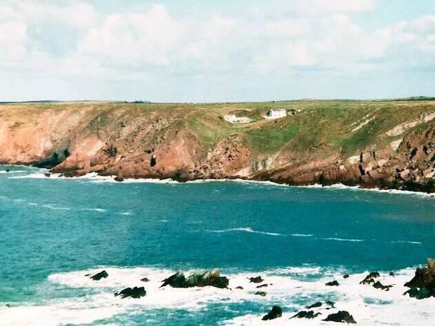 Stott prefería siempre la costa, para poder ver los pájaros, aunque él lo atribuía a sus antepasados vikingos, como todas sus rarezas.