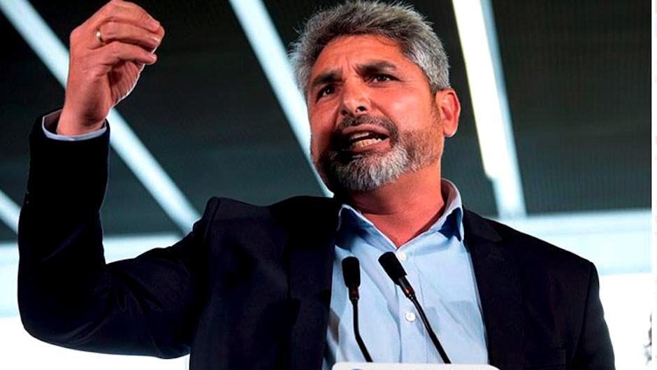 Juan José Cortés, durante un acto político. / Público,